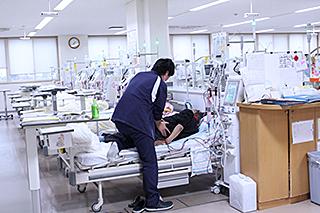 透析看護の様子